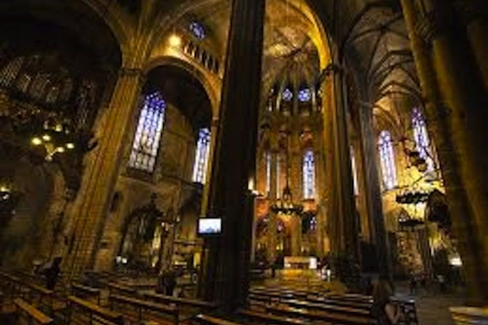 Things To Do In Gothic Quarter Barcelona Neighborhood
