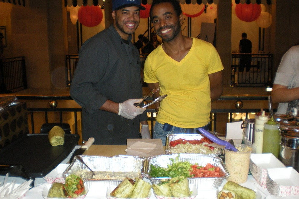 Chef Ayinde Howell (on right)