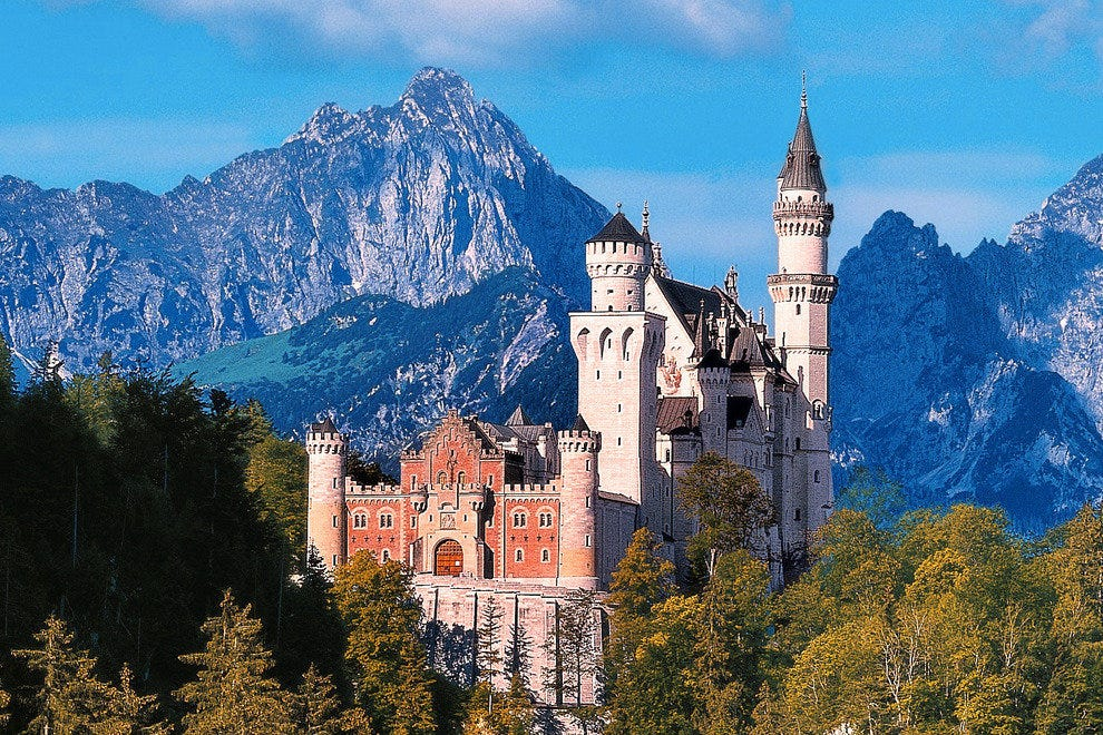 Neuschwanstein Castle, near Fuessen, Bavaria, Germany