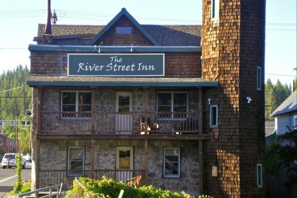 River Street酒店