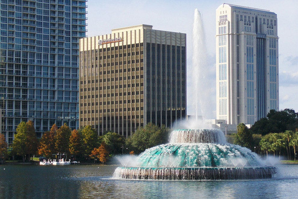 City centerpiece: the Lake Eola fountain.