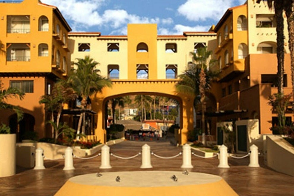The World's Largest Hotel Company Has A Premier Cabo ...