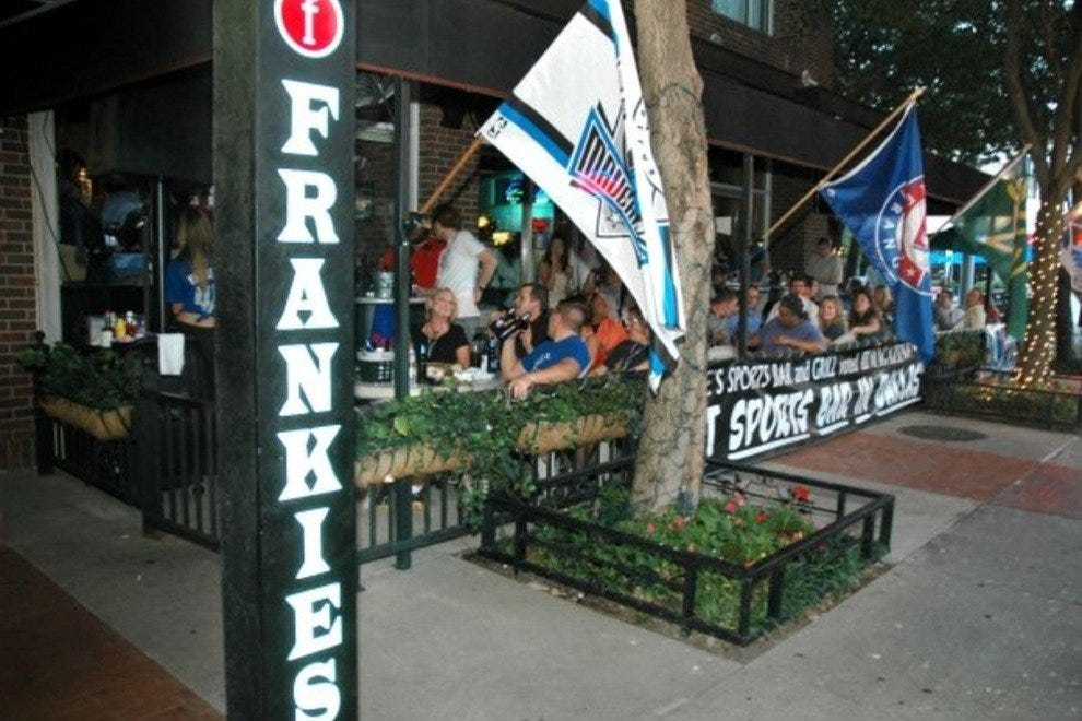 Frankie's Sports Bar and Grill