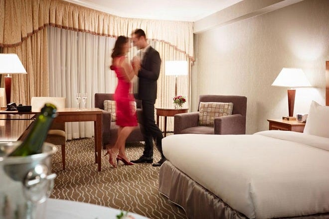 Romantic Hotels in Toronto