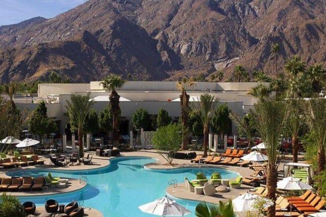 Hotel Slideshow Resort In Palm Springs