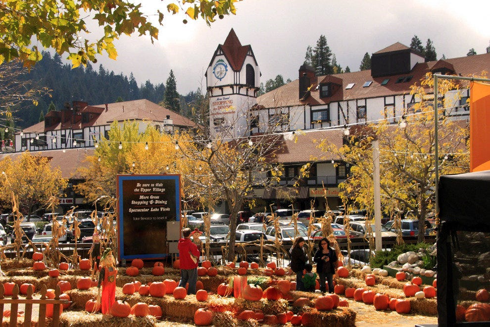 Dining and Shopping are Favorite Activities in Lake Arrowhead