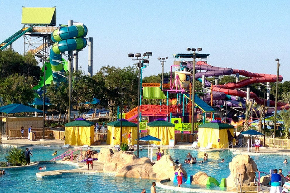 Texas's Family-Friendly Water Park | Aquatica San Antonio