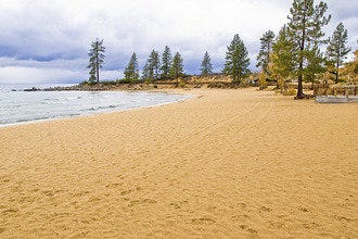 10Best Tahoe: Gorgeous, Deserted & Warm in Fall