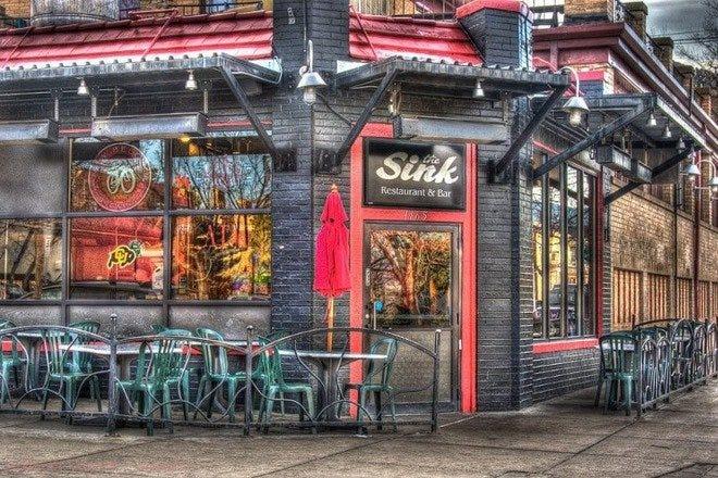 Restaurants near Folsom Field