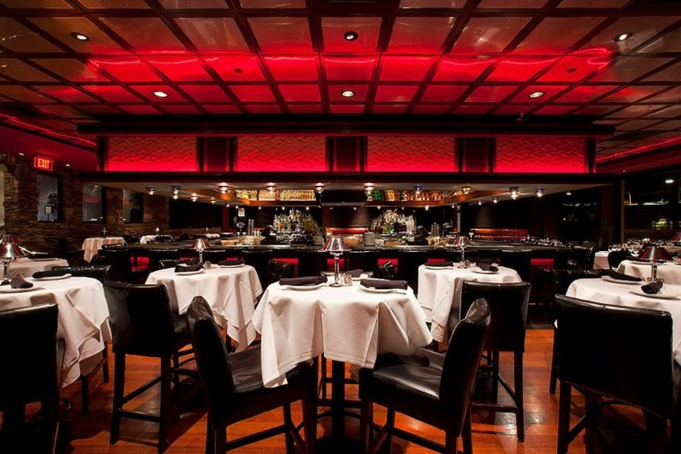 Mastro 39 s city hall steakhouse scottsdale restaurants for Best private dining rooms nyc 2016