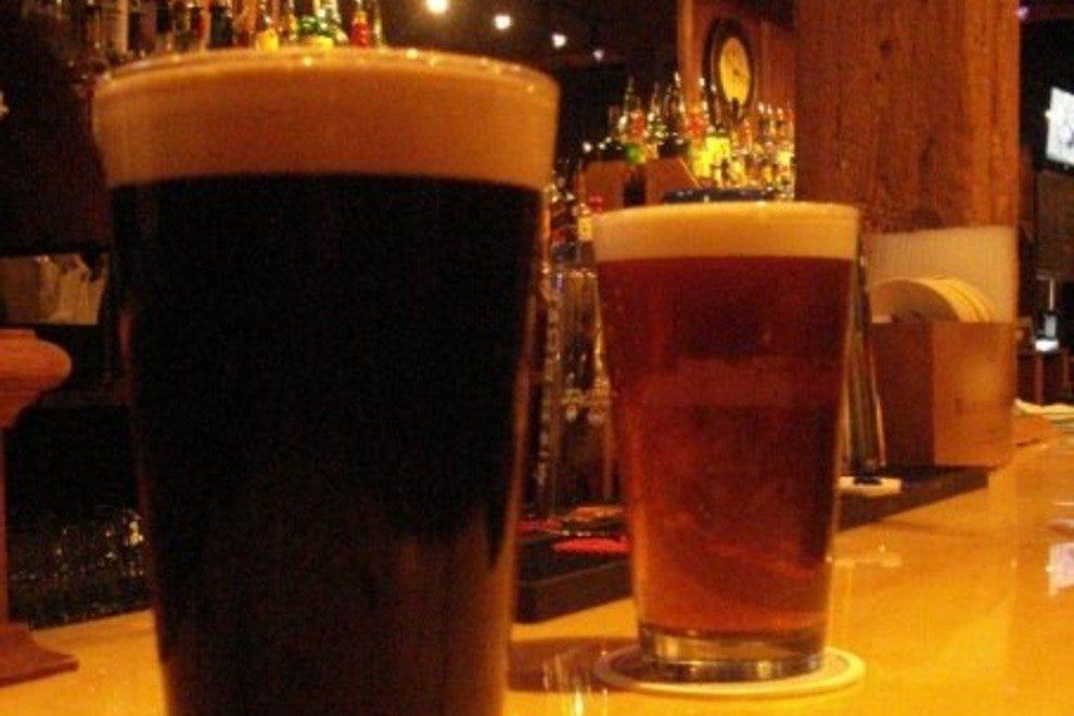 """""""磨坊经营""""的特色是特别的手工啤酒。"""
