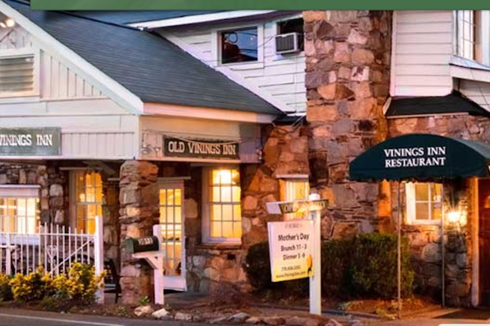 Old Vinings Inn