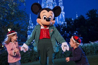 10 Best: Evening Holiday Happenings at Walt Disney World Resort