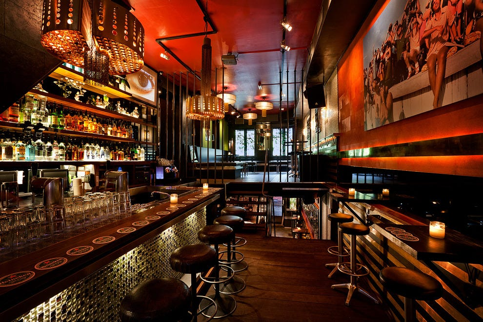 Amsterdam nightlife night club reviews by 10best for Things in a coffee bar