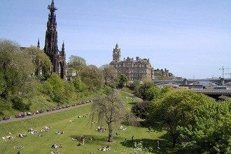 Amazing Attractions for Anyone Sailing into Edinburgh's Port