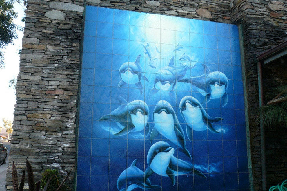 Wyland壁画,位于拉古纳海滩Wyland画廊外。