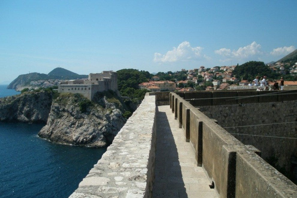 The pathway along the top of the wall of Dubrovnik.