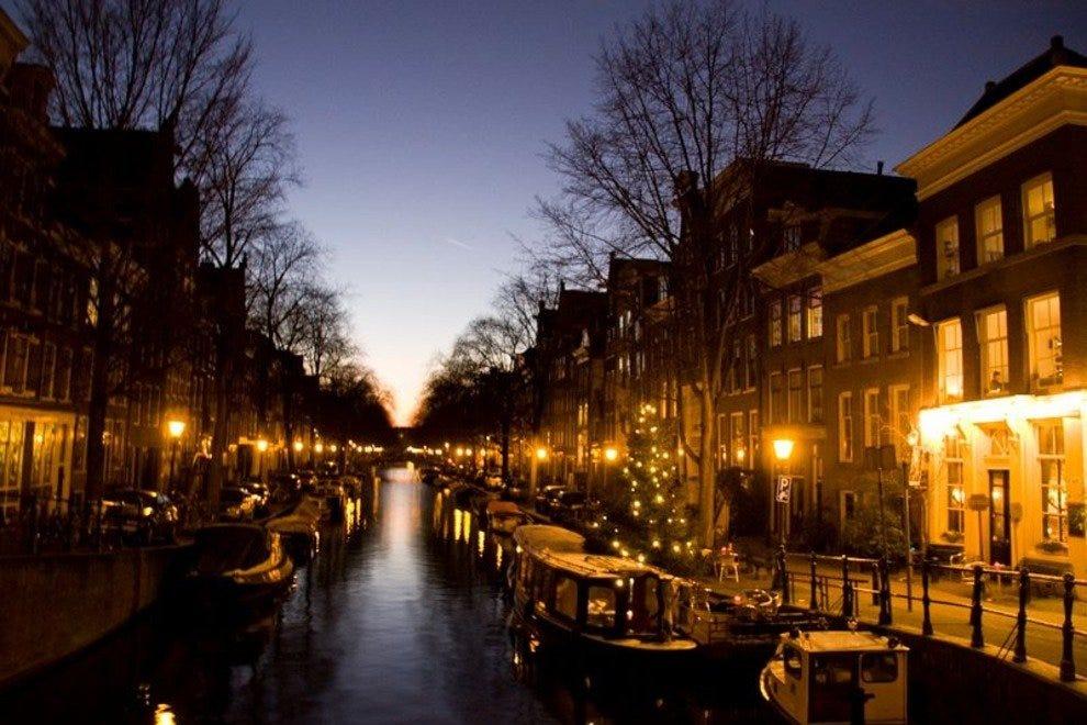 阿姆斯特丹在晚上