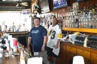Sandbar Sports Grill: Key West Nightlife Review - 10Best ...
