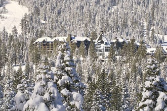 10 Best Luxury Hotels in Lake Tahoe: Enjoy All the Amenities