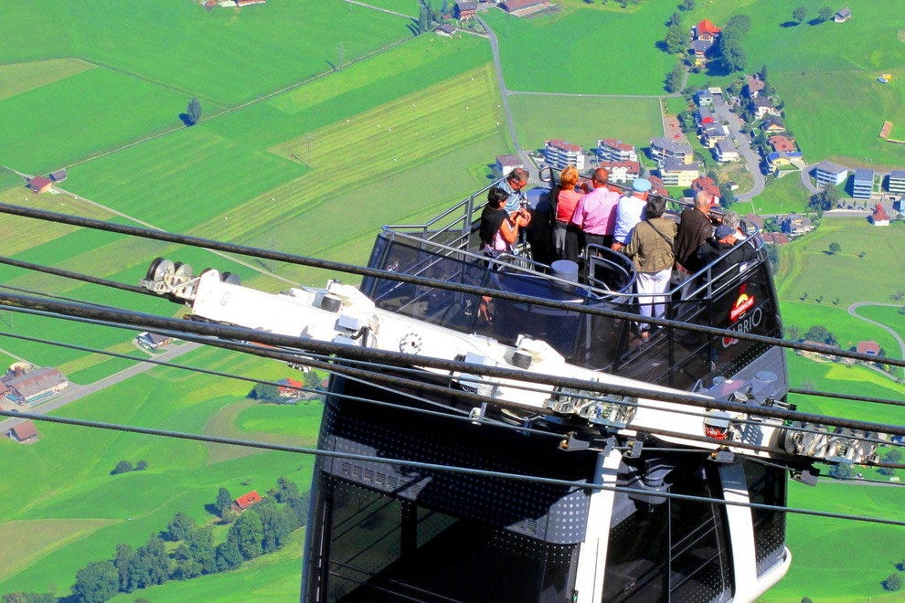10Best Tries World's First Double Decker Open-air Cable Car