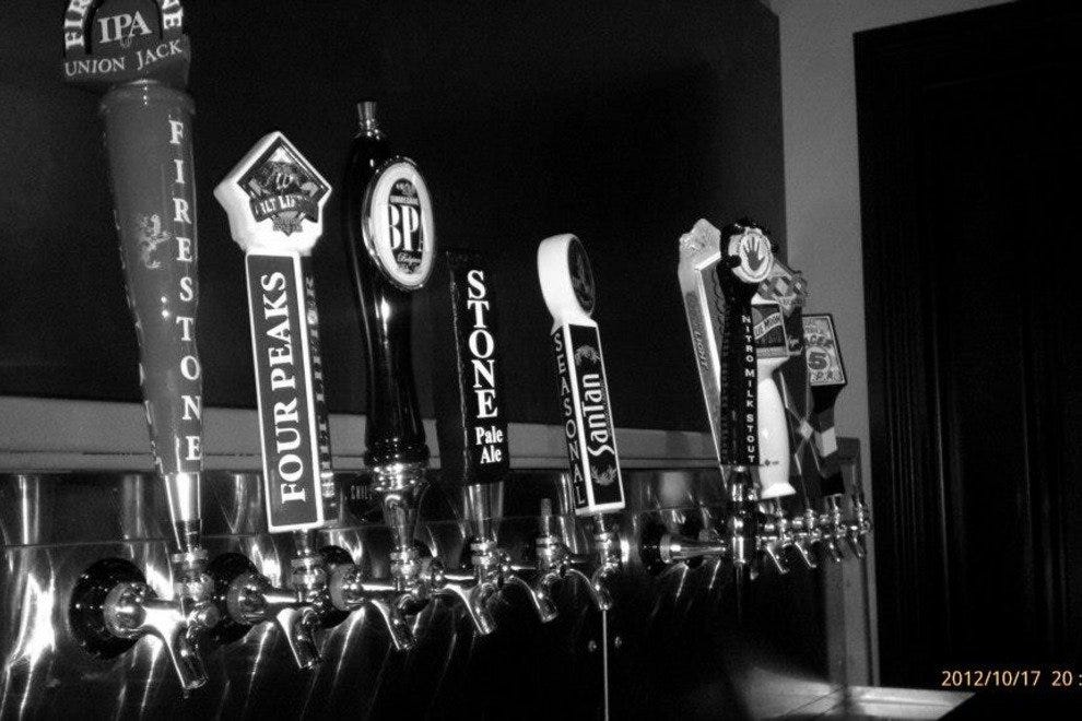 Visit Tavern Americana in north Scottsdale for an excellent selection of local brews.