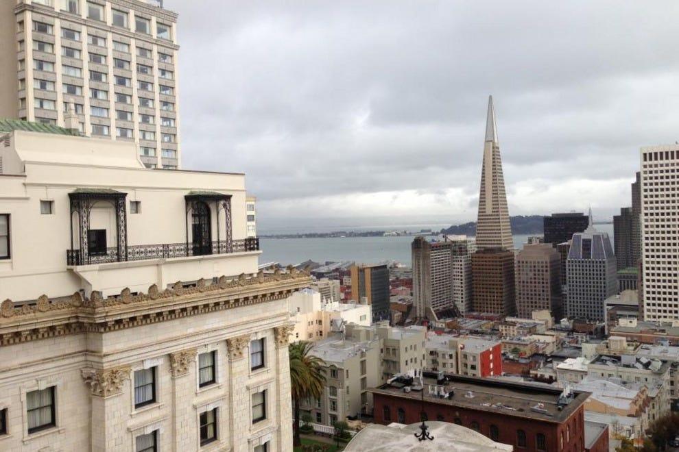 旧金山南部的希尔顿花园酒店