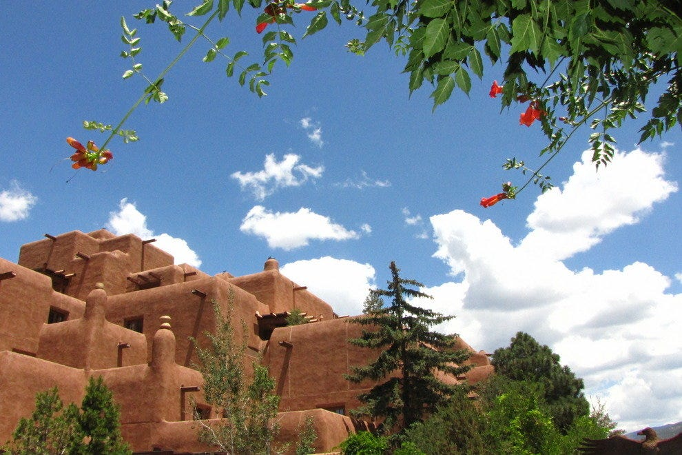 Discover Santa Fe's Unique Architecture Together