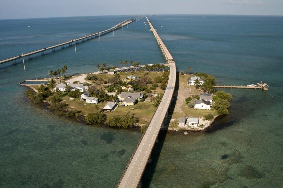 Hotels Near  Mile Bridge Florida Keys