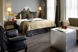 Seattle S Hotels Near Safeco Field Let Guests Stay Close To The Action