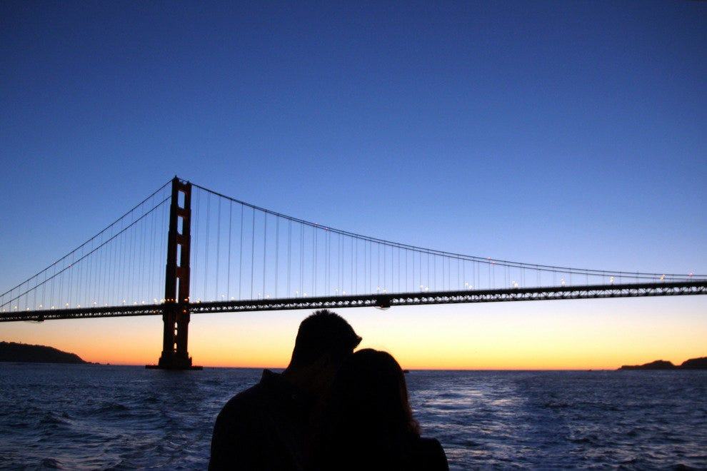 Sail the San Francisco Bay at Sunset for the Ultimate Romantic Cruise