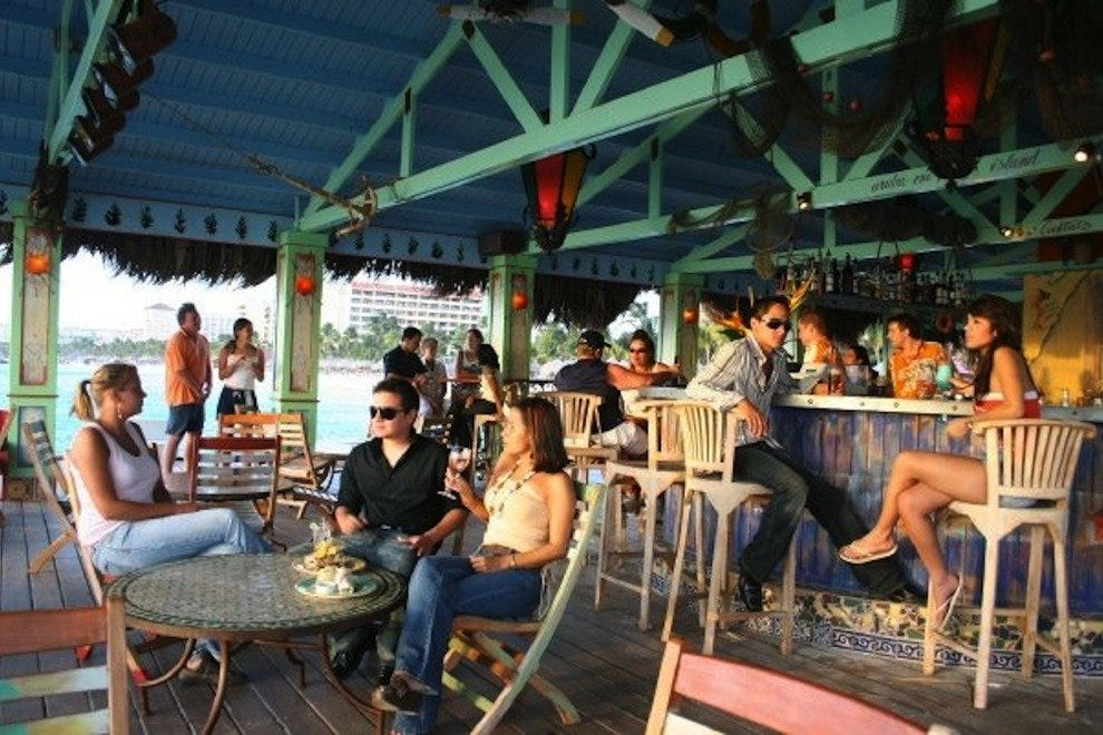 Bugaloe Beach Bar and Grill
