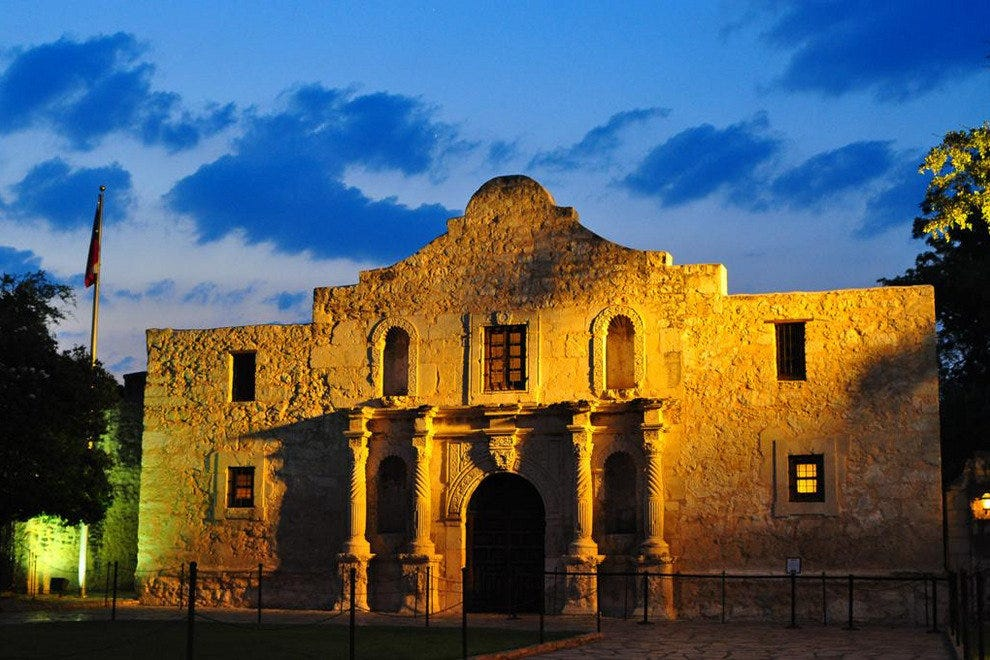 10best Finds Hotels Near The Alamo Trip Planning Article By