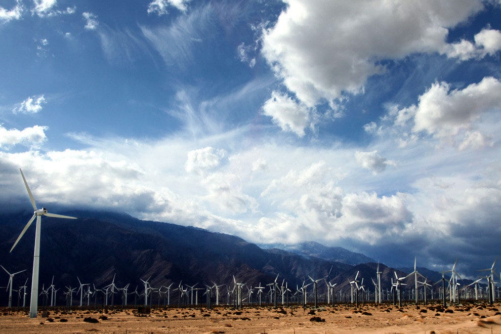 Coachella Windmills Create Sustainable Energy