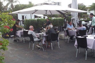 Fort Lauderdale's Plaza Bistro Offers Fine Dining Al Fresco