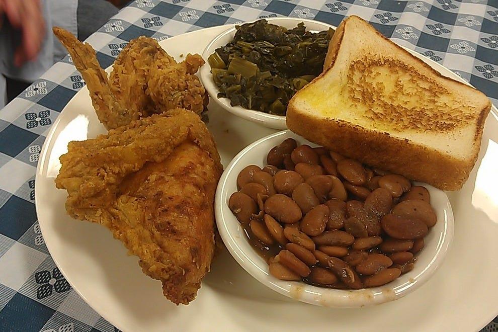 Best Family Style Restaurants In Atlanta