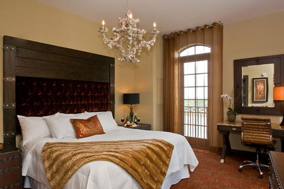 Pet Friendly Hotels Savannah Ga Riverfront