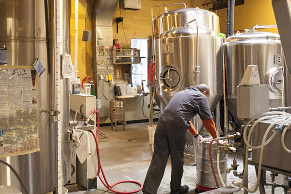 Portland Brew Pubs And Microbreweries 10best Microbrewery