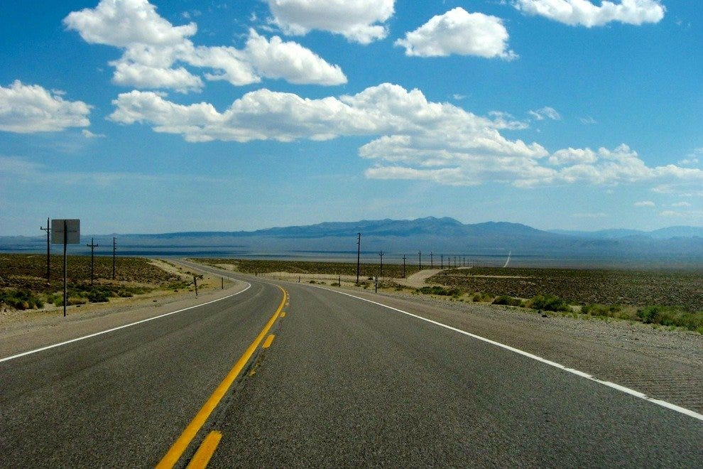 Vanishing Point - Deserts of Nevada