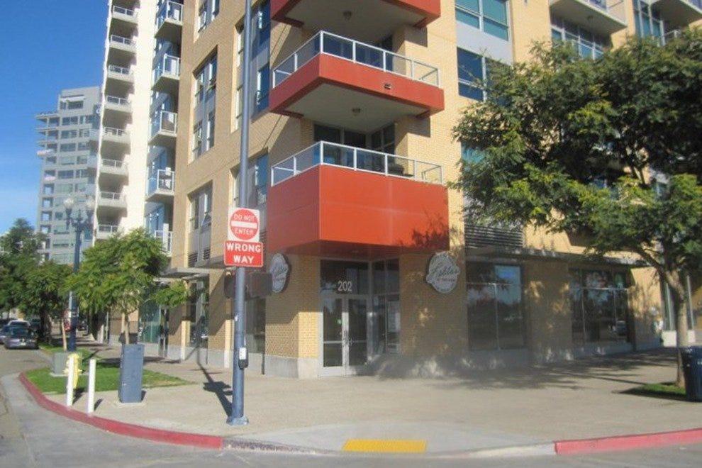 Downtown San Diego Restaurants: San Diego DiningGuide