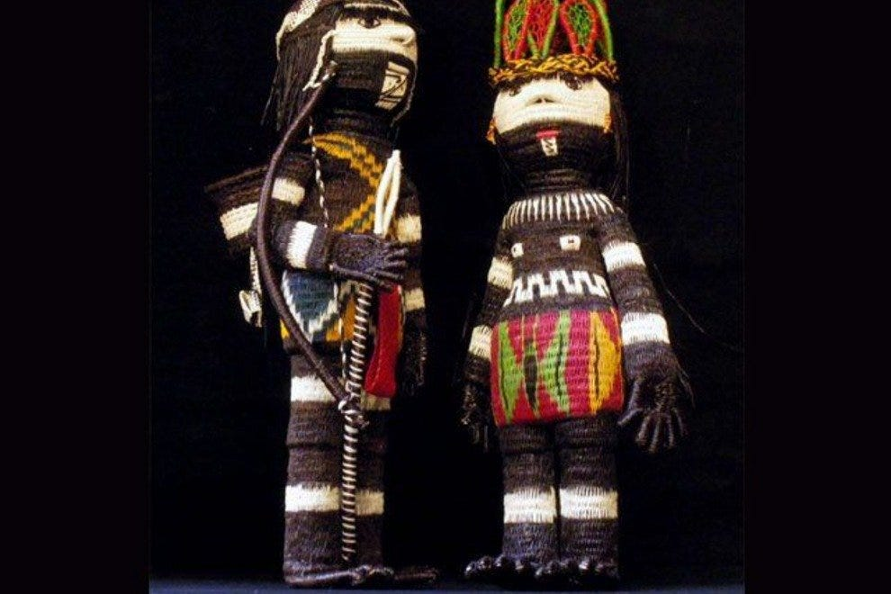 Couple of dolls from Galería Namu