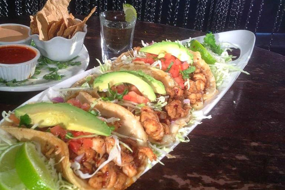San diego mexican food restaurants 10best restaurant reviews for Fish grill near me