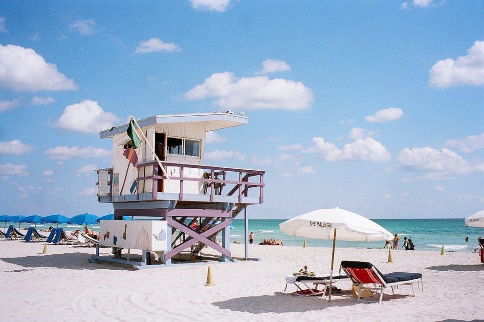 Sunny day on Miami Beach