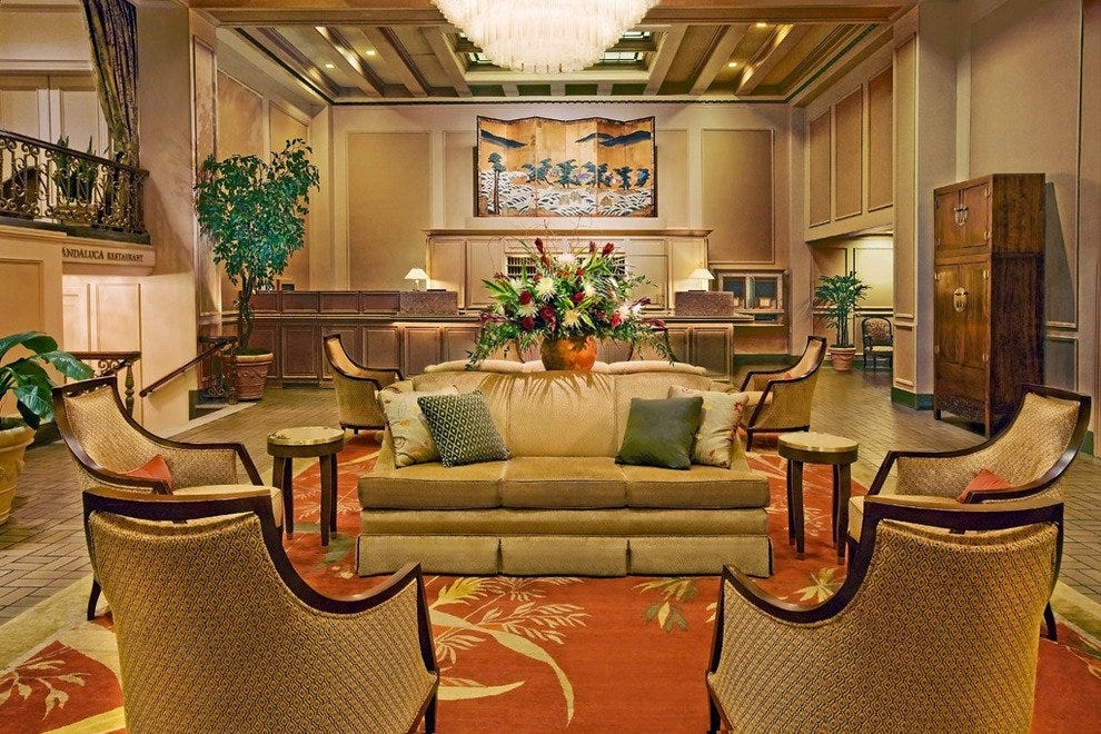 Mayflower Park Hotel lobby