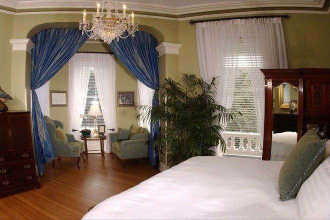 Romantic Hotels in Savannah