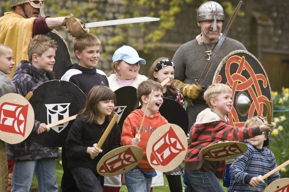 Visitors learn viking battle tactics
