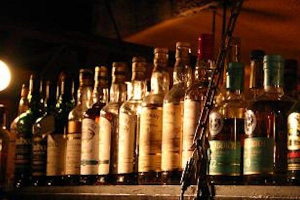 Whiskycaf l b amsterdam nightlife review 10best for Food bar brecht