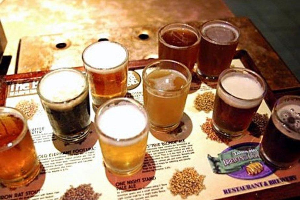 坦帕湾酿酒公司欢乐时光
