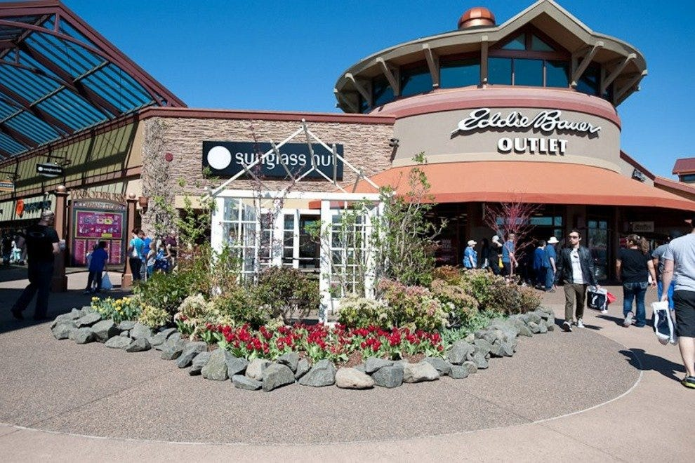 d5bed625 Portland Outlet Malls: 10Best Shopping Reviews