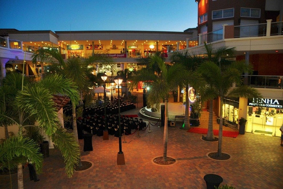 Palm Beach Plaza Aruba Shopping Review 10best Experts
